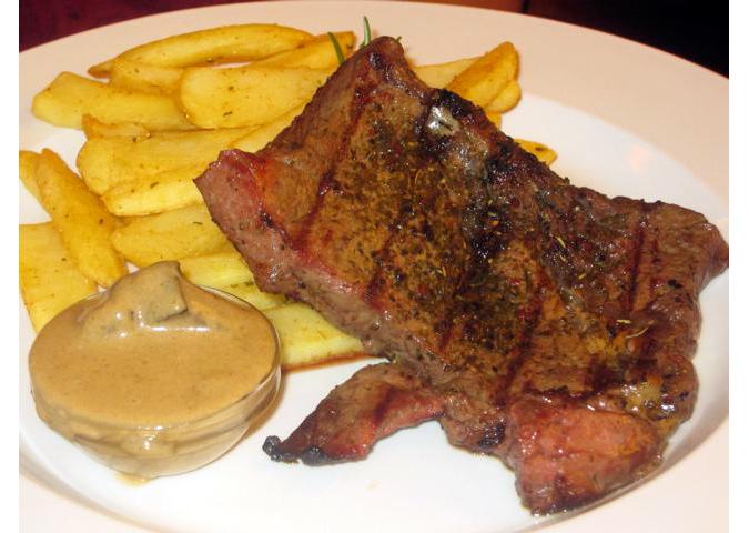 https://www.expats.cz/resources/jama-steak-675.jpg