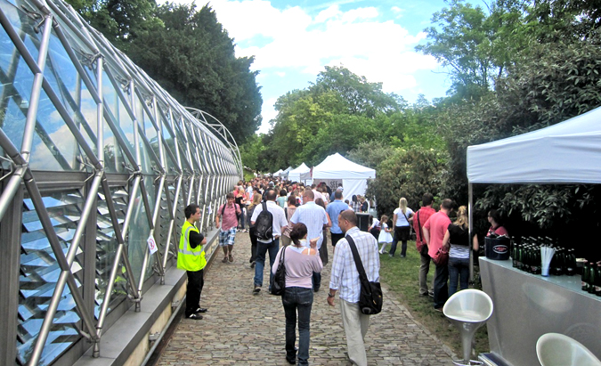 http://www.expats.cz/resources/prague-food-fest-11-7.jpg