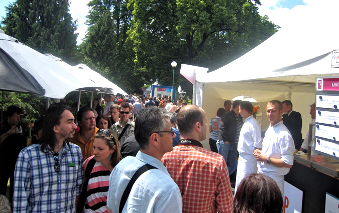 http://www.expats.cz/resources/prague-food-fest-11-9.jpg
