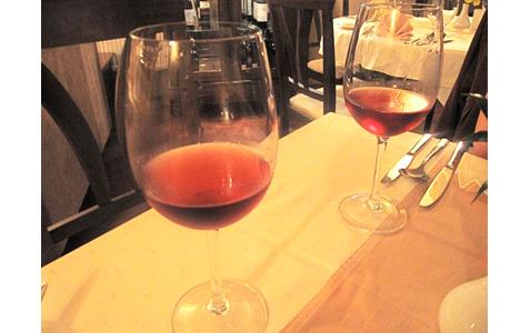 http://www.expats.cz/resources/restaurant-emy-destinove06.jpg