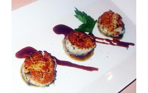 http://www.expats.cz/resources/restaurant-emy-destinove09.jpg