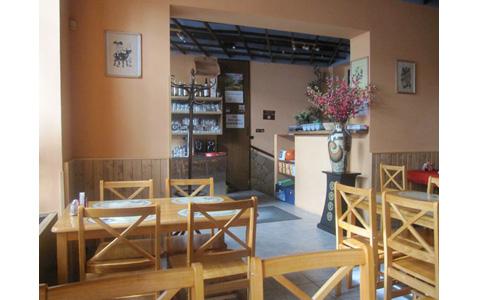 http://www.expats.cz/resources/sushi-tam-da-3.jpg