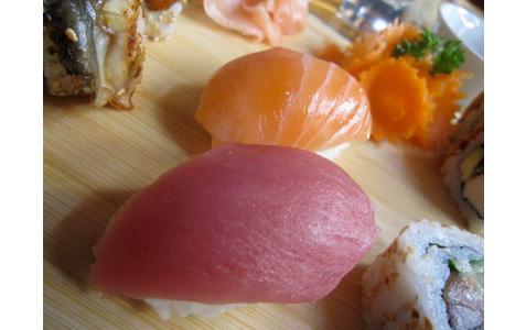 http://www.expats.cz/resources/sushi-tam-da-5.jpg