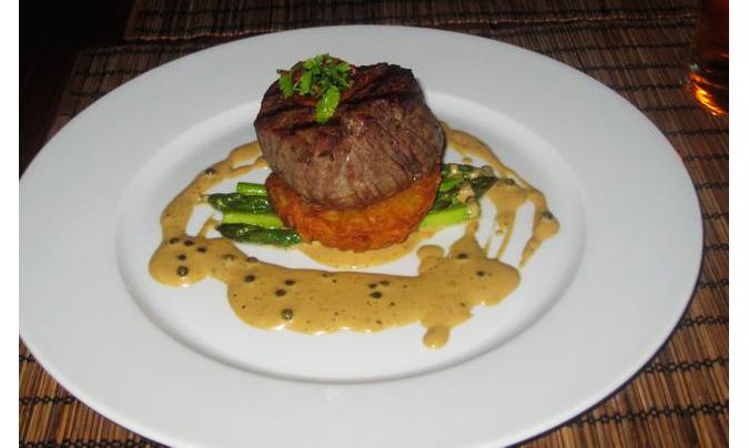https://www.expats.cz/resources/zelena-zahrada-steak-675jpg.jpg