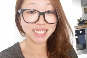 Qualified English teacher with specialized training from well-known uni, native in Cantonese and proficient in Mandarin