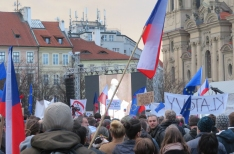 Czech protest movement to demonstrate against government handling of coronavirus crisis