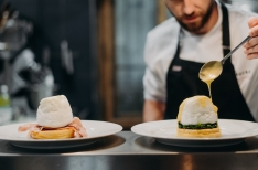 "Prague's new breakfast ""tasting"" restaurant is all about Eggs Benedict"