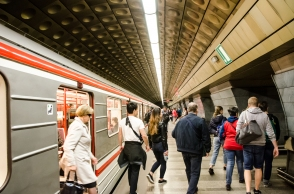 A majority of Czechs spend less than 20 minutes getting to work